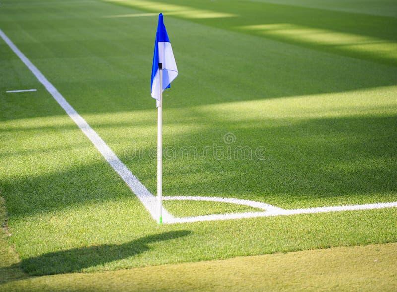 Eckflagge in einem spanischen Stadion lizenzfreie stockbilder