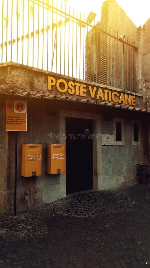 Eckpfosten vaticane stockfoto