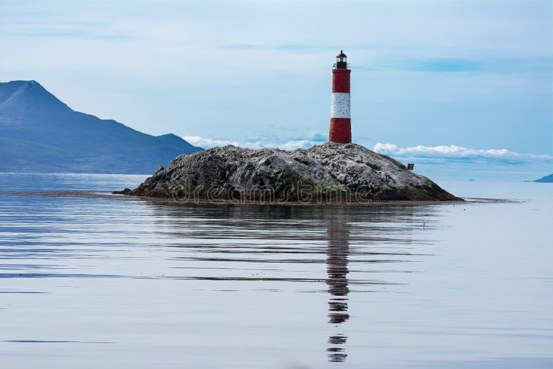 Eclaireurs de Les de phare dans la Manche de briquet près d'Ushuaia images libres de droits