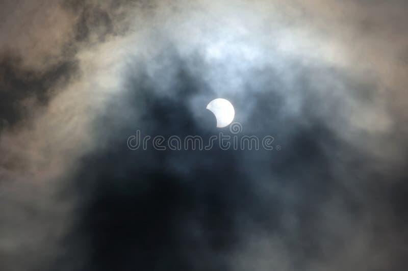 Eclipse solar parcial fotos de stock royalty free