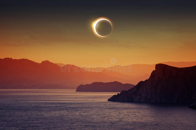 Eclipse solar total imagens de stock royalty free
