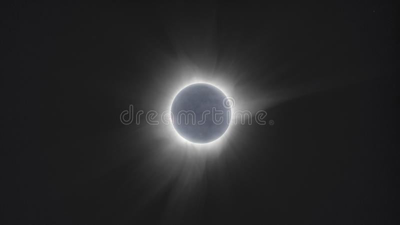 Eclipse solar total Indonésia 2016 março de Sulawesi fotografia de stock royalty free