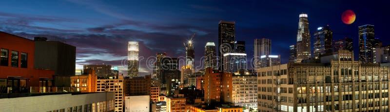 Eclissi della luna del sangue in LA immagini stock