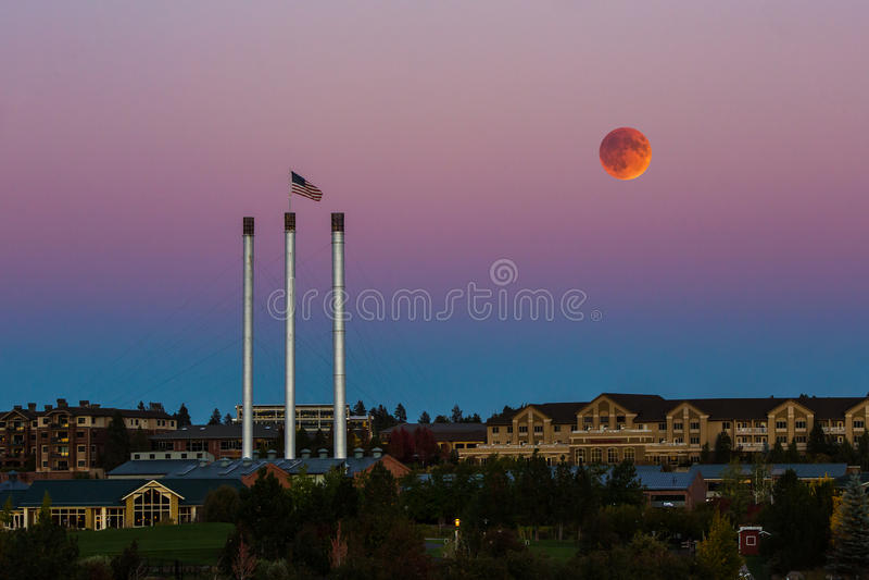 Eclissi eccellente della luna del sangue immagine stock