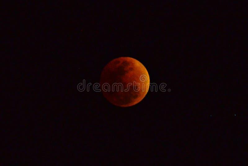 Eclissi lunare della luna rossa immagini stock libere da diritti