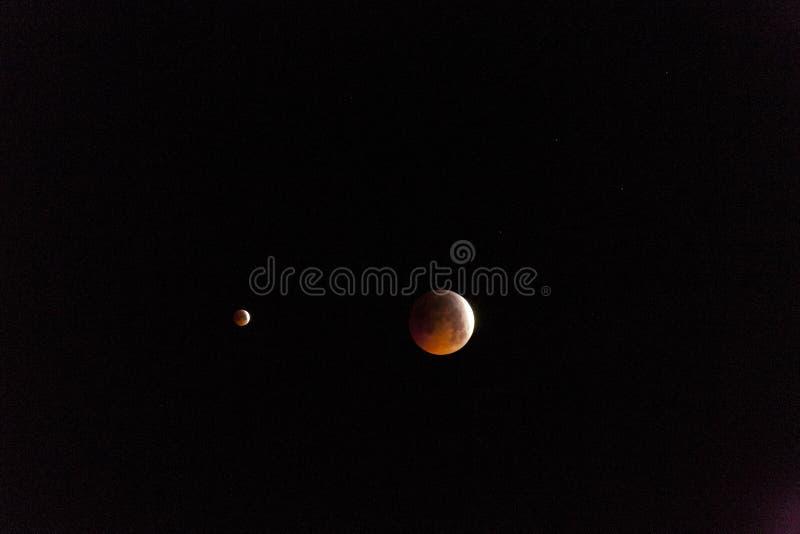 Eclissi totale della luna da 21 01 2019 fotografie stock libere da diritti