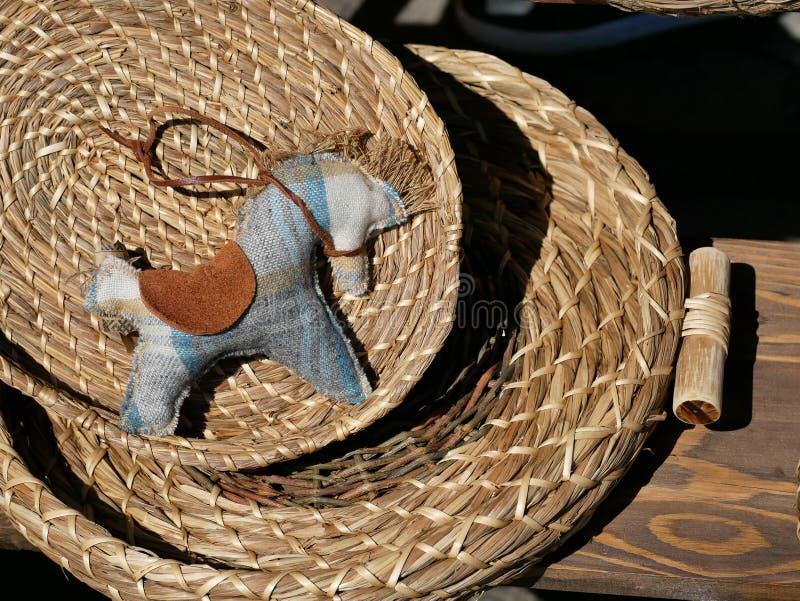 eco-amigável feito a mão do cavalo dos brinquedos imagem de stock royalty free
