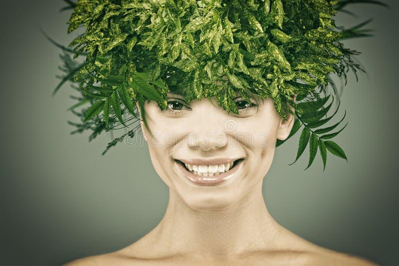 Eco-Frauporträt lizenzfreies stockfoto