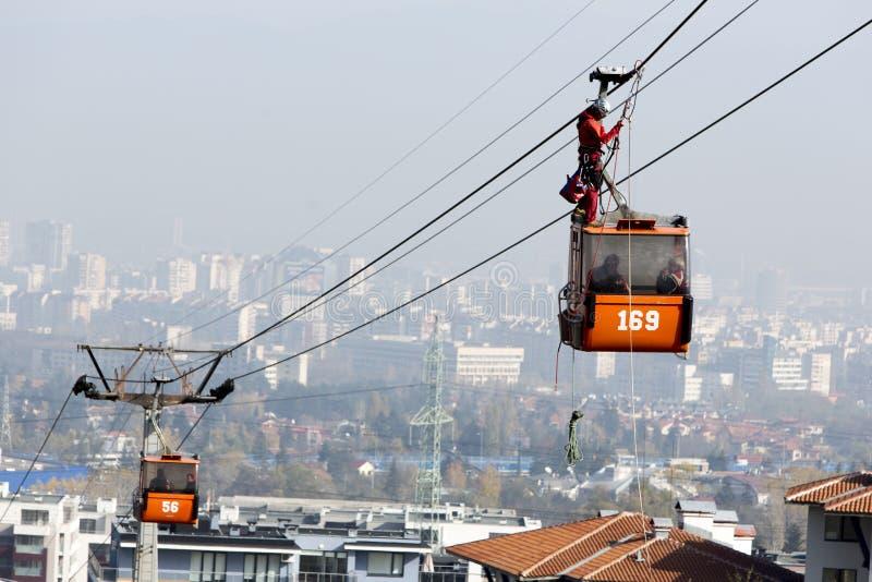 Economia do elevador de esqui da cabine imagem de stock royalty free