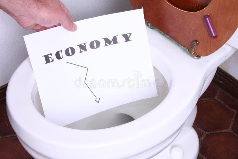 Download Economia nella toletta fotografia stock. Immagine di soldi - 7300160
