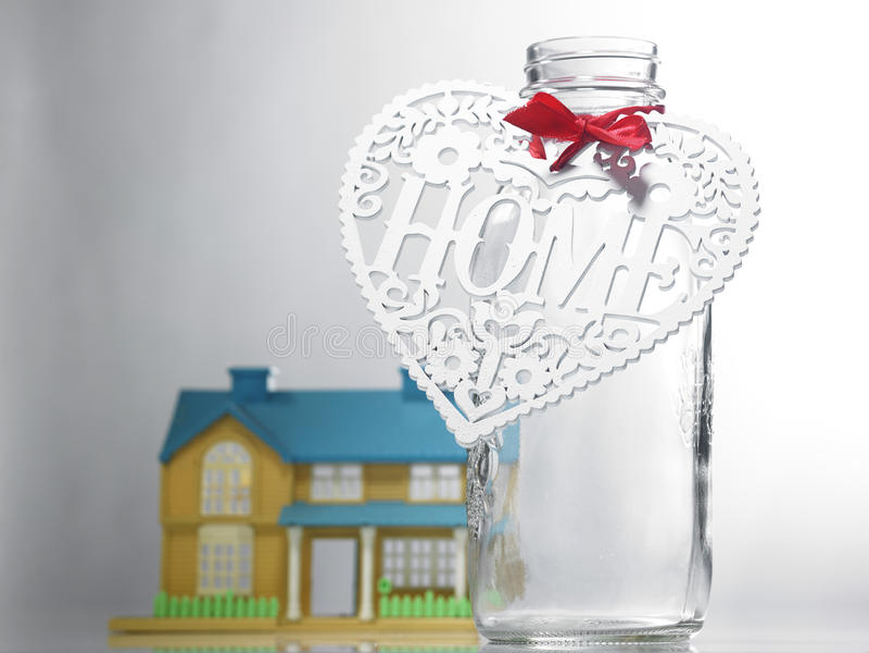 Economia para a casa imagem de stock