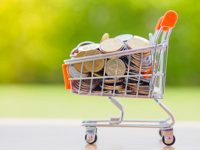 Economia para o conceito de compra imagem de stock royalty free
