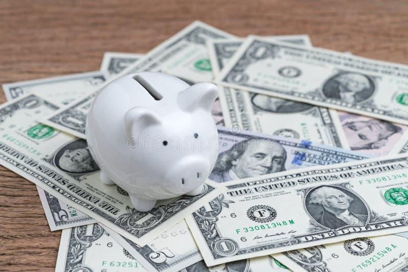 Economische Verenigde Staten, geldbesparingen en investeringsconcept, wh royalty-vrije stock afbeeldingen
