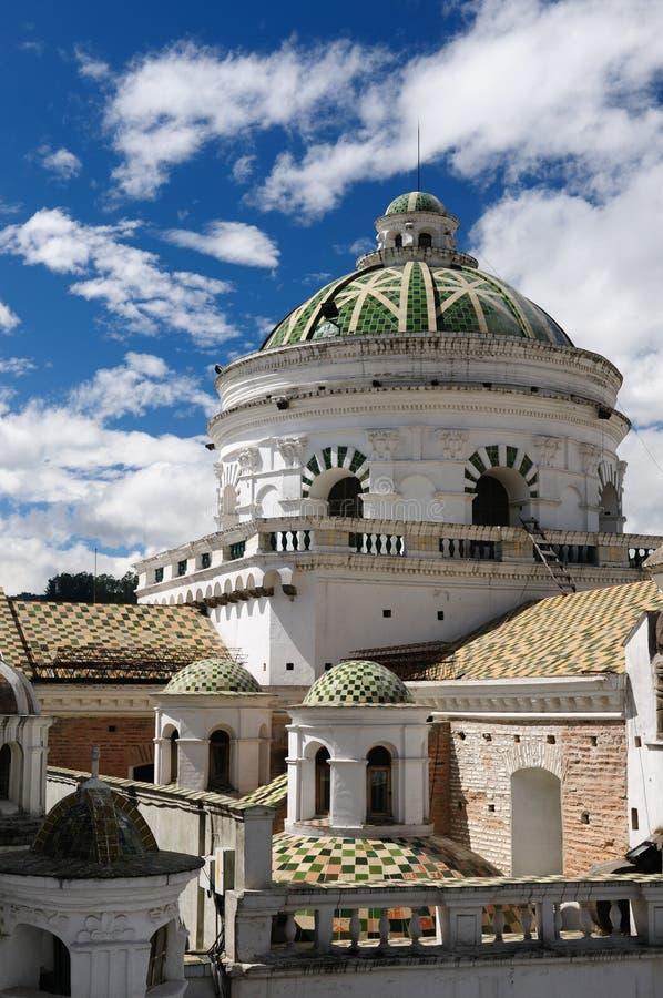 Ecuador sikt på Quitoen royaltyfria foton