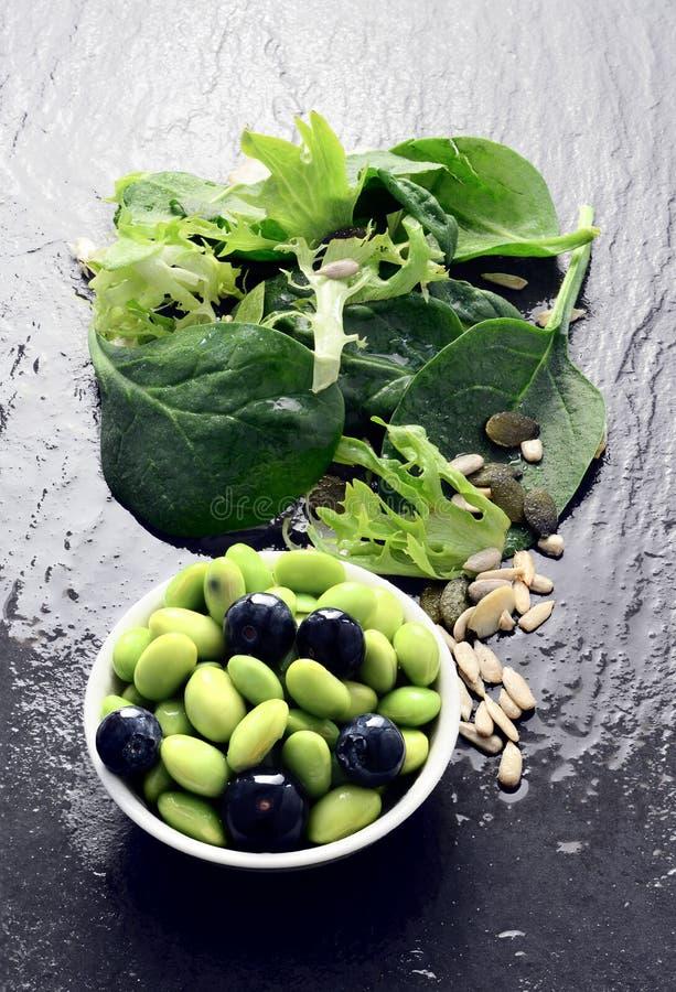 Edamame Beans And Salad 3 stockfotografie