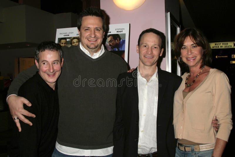 Eddie Jemison y Craig Carlisle con Michael Leydon Campbell y Terri Mann en la premier de Los Ángeles del ?canguelo de Bob?. Laemml fotografía de archivo libre de regalías