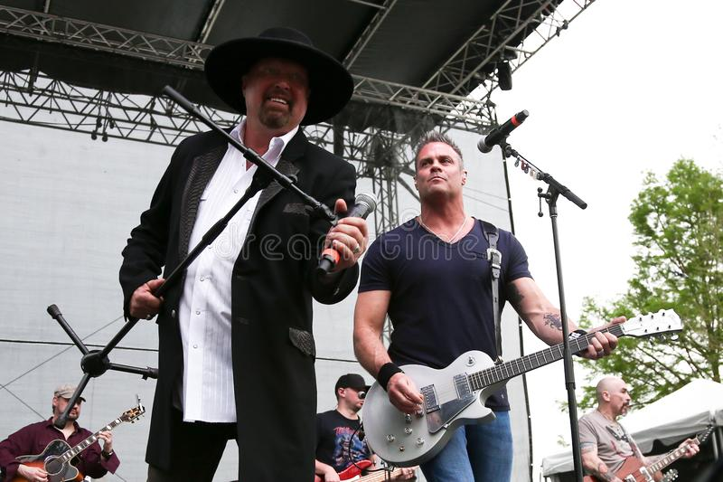 Eddie Montgomery, Troy Gentry photo stock