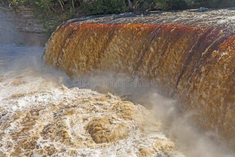 Eddy Beneath Flooded Falls dramático fotos de archivo libres de regalías