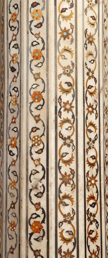 Edelsteine eingebettet auf der Säule von Diwan-i-khas lizenzfreies stockbild