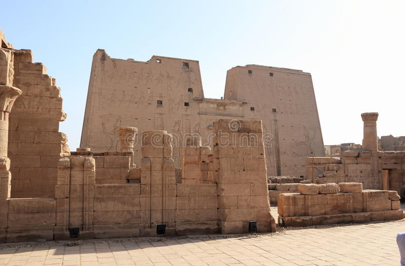 edfuegypt tempel royaltyfria bilder