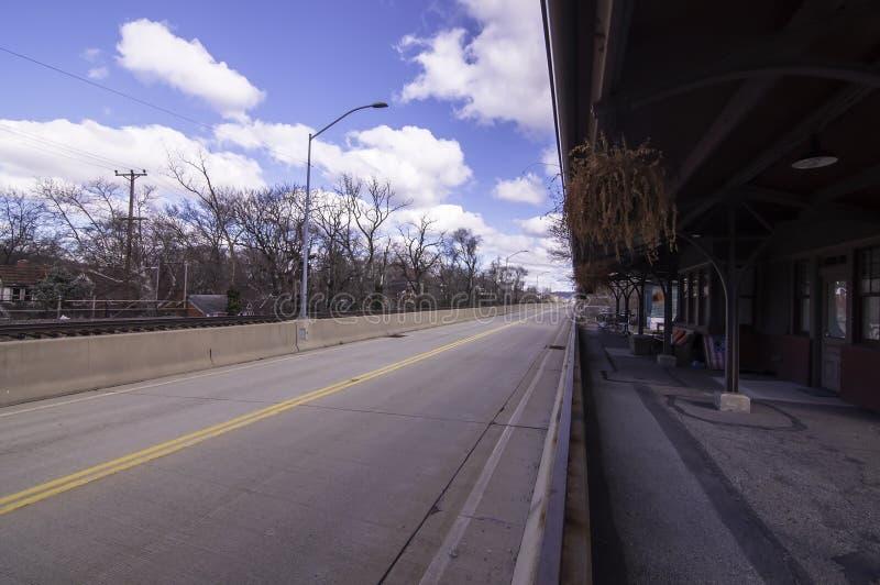 Edgewood, Pennsylvania, de V.S. 3/17/2019 Martin Luther King Jr East Busway die het westen kijken stock foto