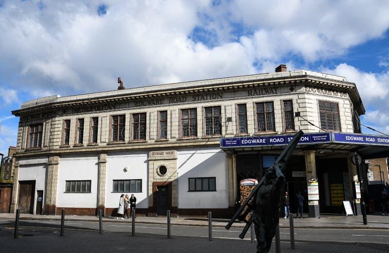 Edgware-Straßen-London-U-Bahnhof stockfotos