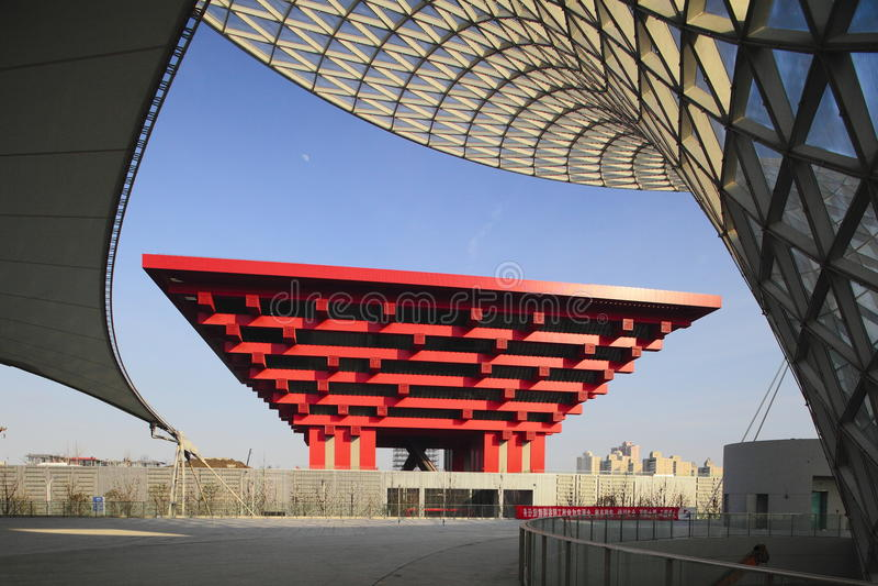 Edifício 2010 da expo do mundo de Shanghai foto de stock royalty free
