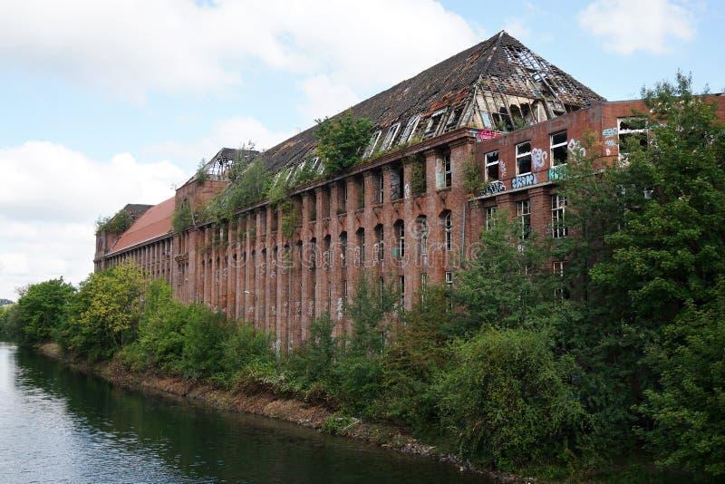 Edifício abandonado da fábrica imagens de stock