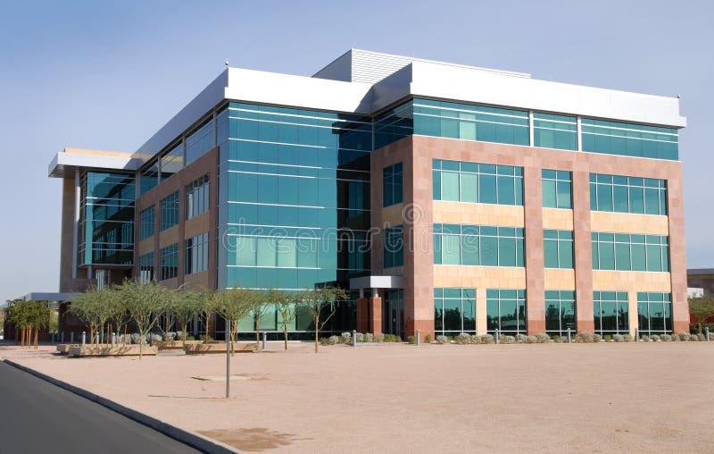 Edifício comercial moderno fotos de stock