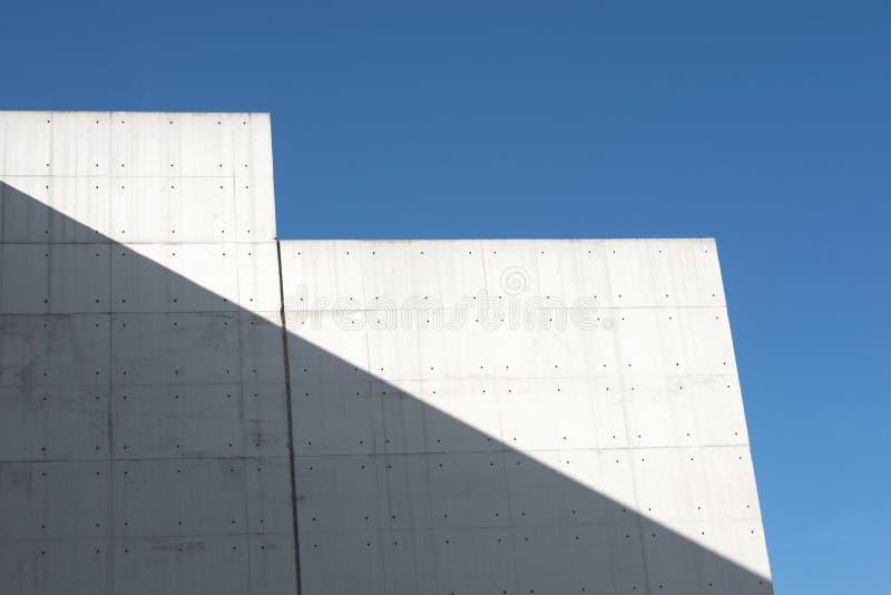 Edifício concreto moderno fotos de stock royalty free