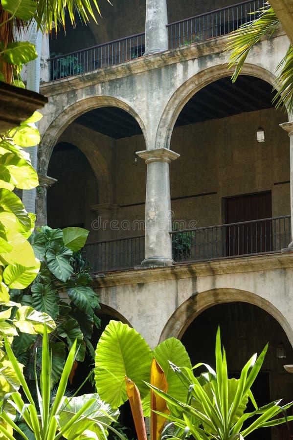 Edifício cubano típico fotos de stock