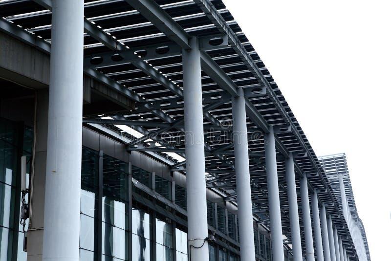 Edifício de aço moderno fotografia de stock royalty free