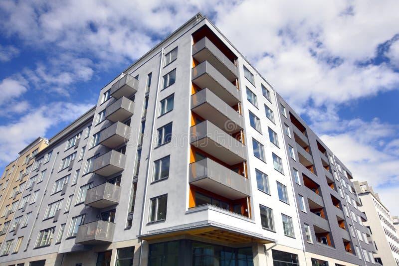 Edifício de apartamento imagem de stock