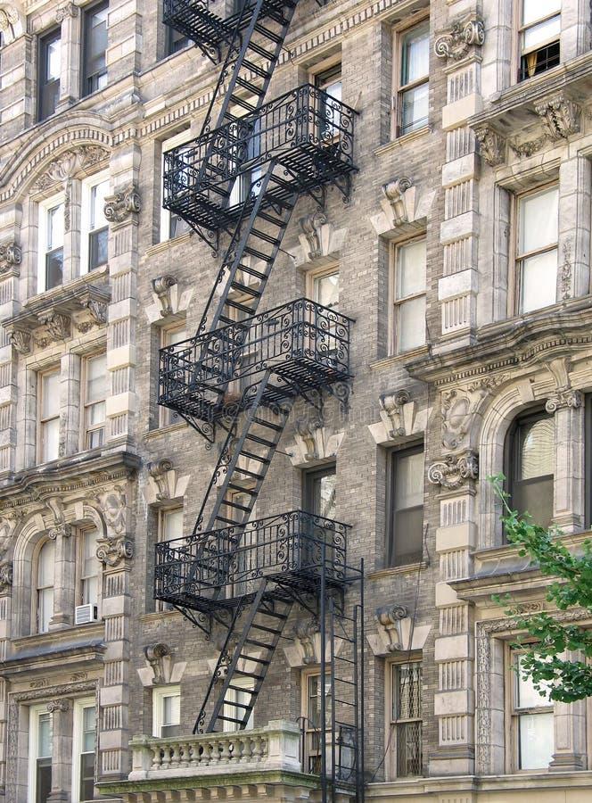 Edifício de apartamento de Harlem fotografia de stock