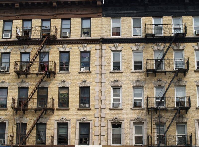 Edifício de apartamento de NYC imagem de stock royalty free