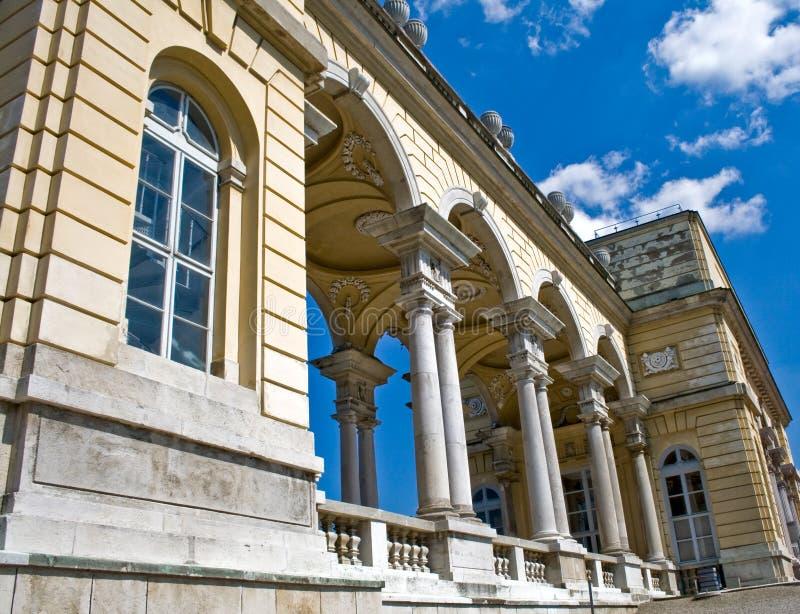 Edifício de Gloriette no palácio de Schonbrunn fotografia de stock royalty free