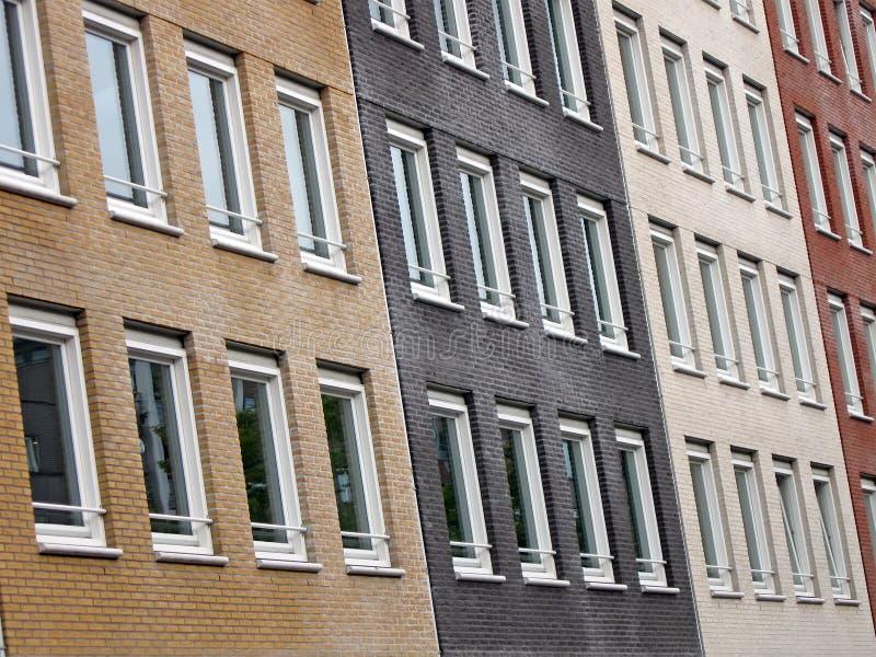 Edifício de tijolo da diversidade, construção urbana, imagens de stock