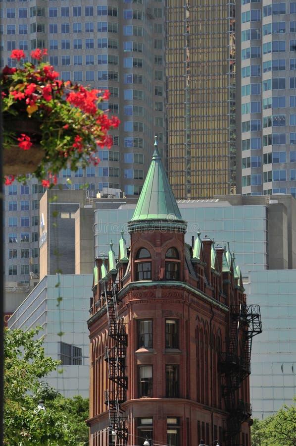 Edifício de Toronto - de Flatiron - Goodenham e Worts imagens de stock royalty free
