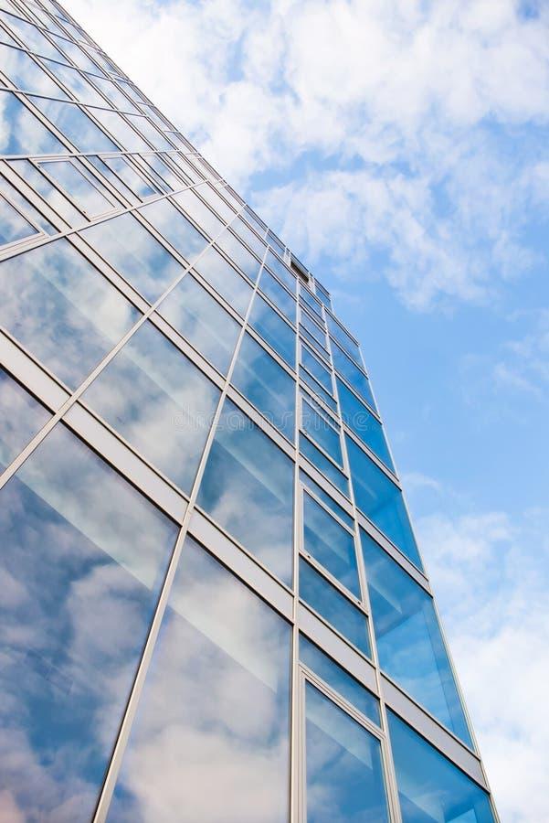 Download Edifício de vidro foto de stock. Imagem de azul, perspective - 16853240