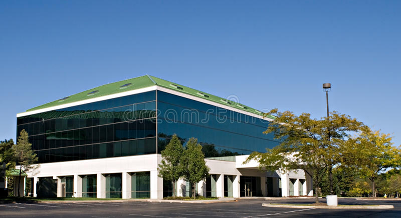 Edifício de vidro matizado fotos de stock