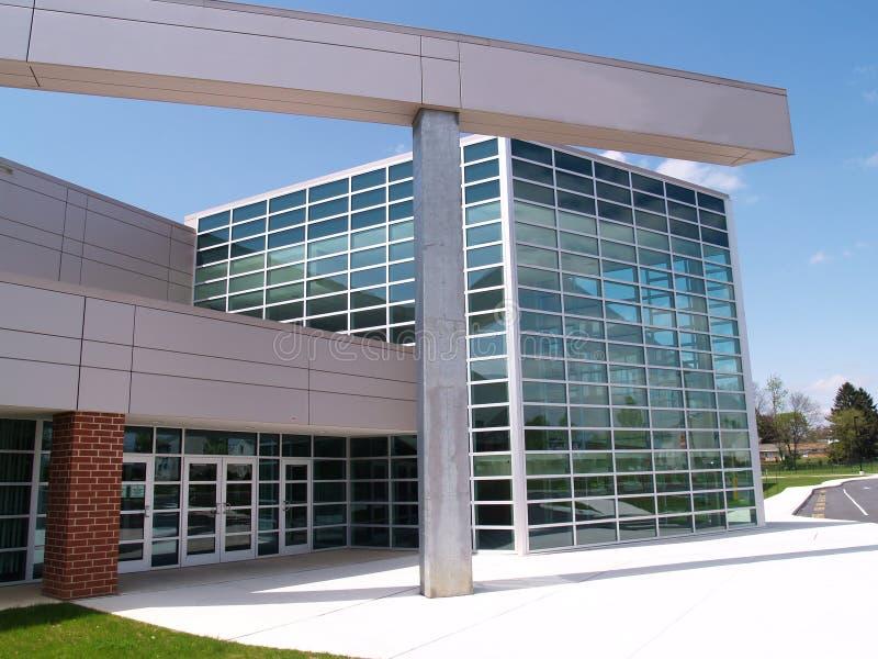 edifício de vidro moderno imagens de stock