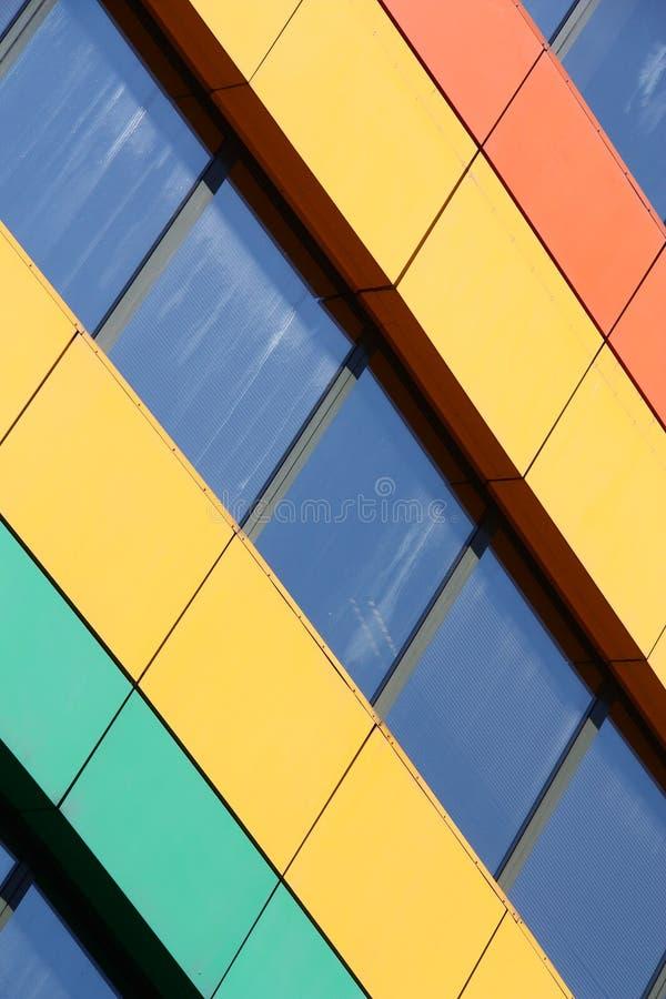 Edifício do arco-íris imagens de stock