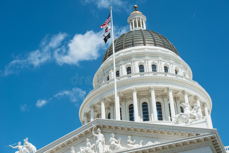 Edifício do Capitólio do estado de Sacramento fotos de stock royalty free