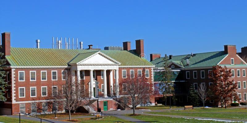 Edifício do terreno da faculdade na faculdade de Colby fotografia de stock
