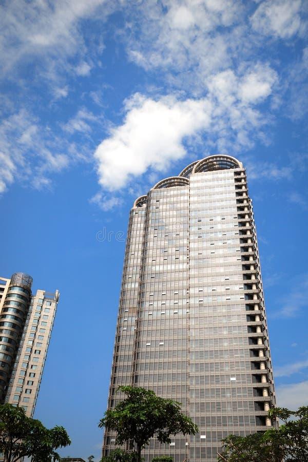 Download Edifício elevado imagem de stock. Imagem de céu, residential - 26506853