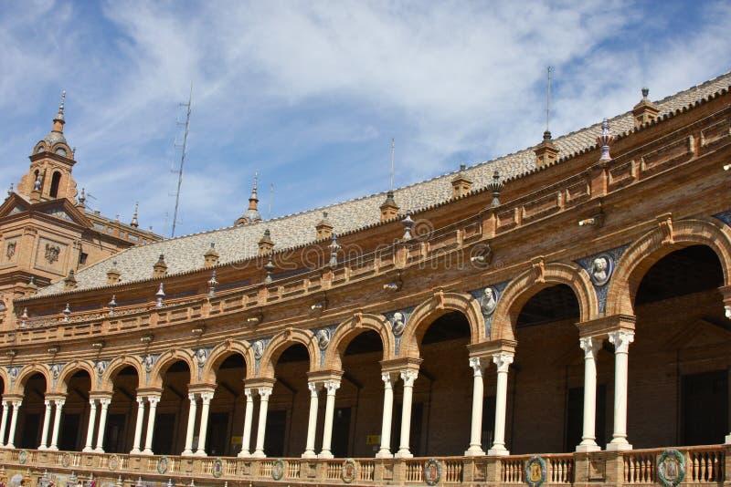 Edifício espanhol longo imagens de stock royalty free