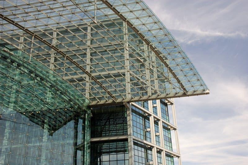 Edifício futurista imagens de stock