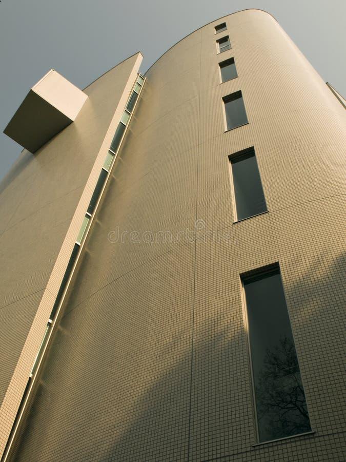 Edifício moderno, vertical foto de stock royalty free