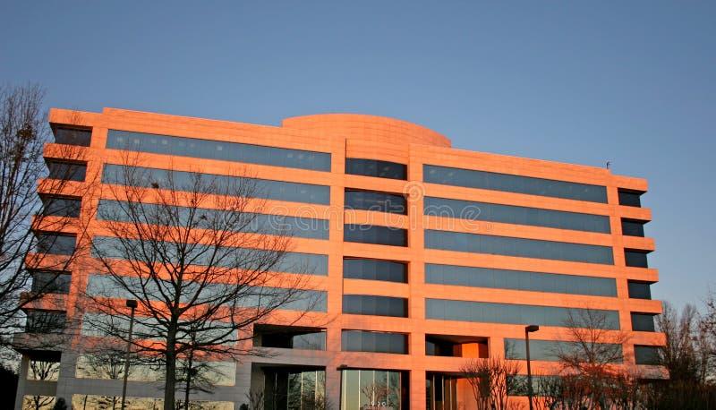 Edifício na luz da manhã imagens de stock