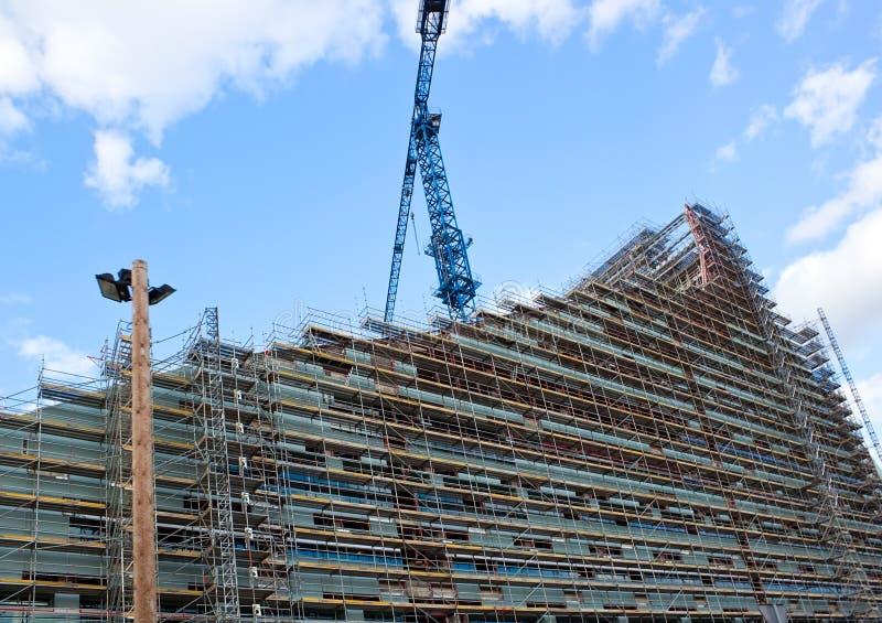 Edifício na modalidade da construção imagem de stock
